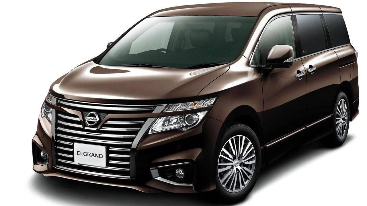 Nissan Elgrand 08.11.2013