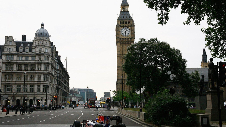 Ecclestone offers to pay for London grand prix