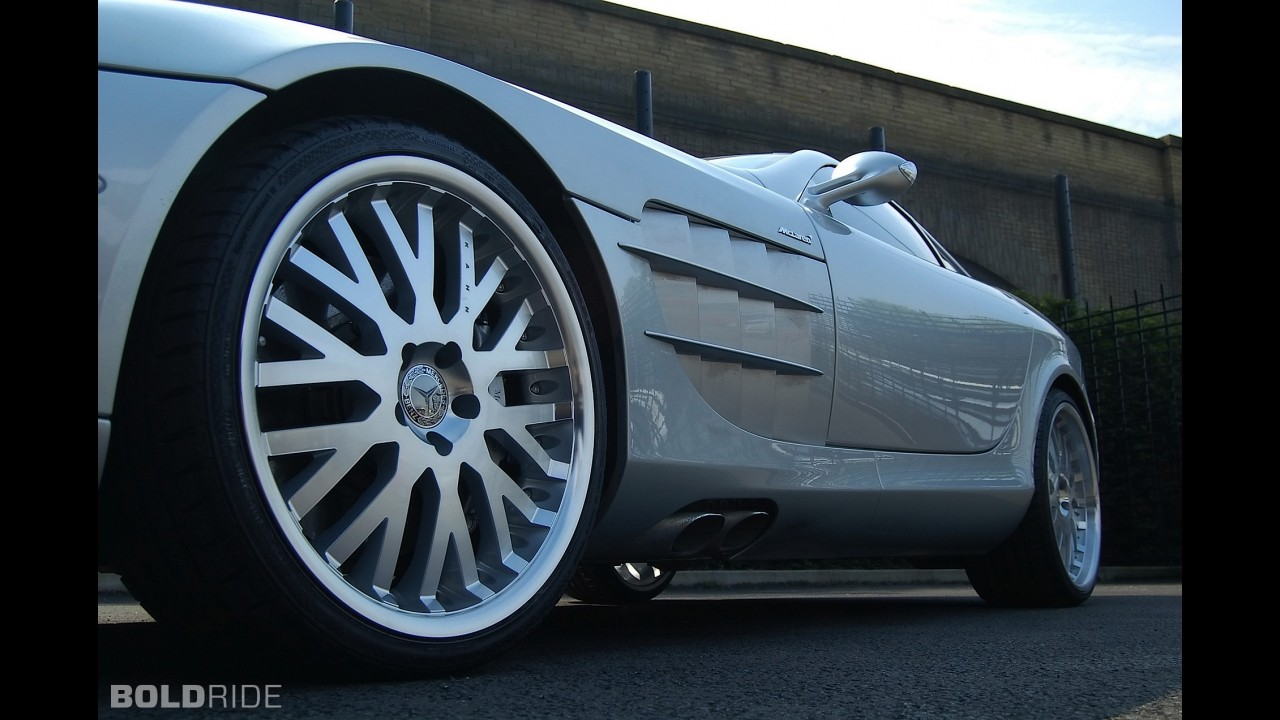 A. Kahn Design Mercedes-Benz SLR