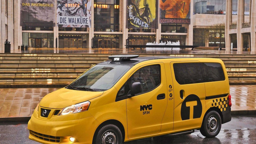 New York's 2014 Nissan NV200 Taxi of Tomorrow makes public debut [video]