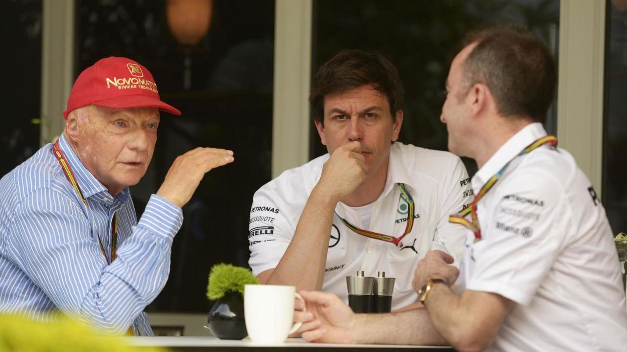 Niki Lauda (AUT) with Toto Wolff (GER) and Paddy Lowe (GBR) / XPB