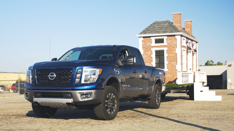 Video: Towing a tiny house with the 2016 Nissan Titan XD