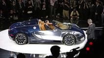 Bugatti Gran Sport Sang Bleu Live in Frankfurt