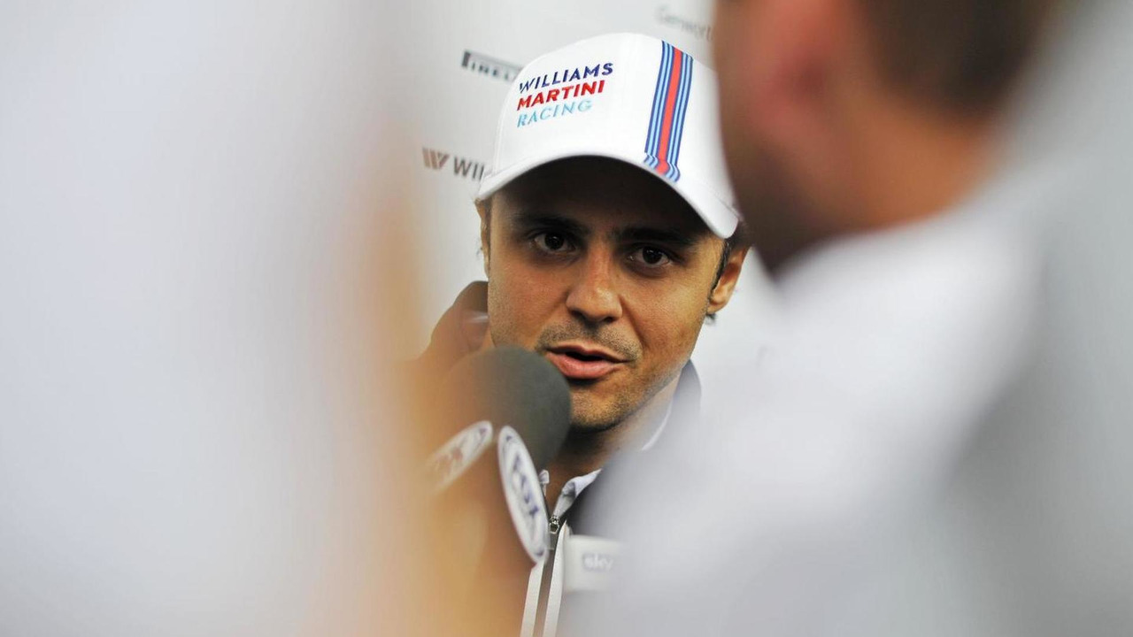 Felipe Massa (BRA) with the media / XPB