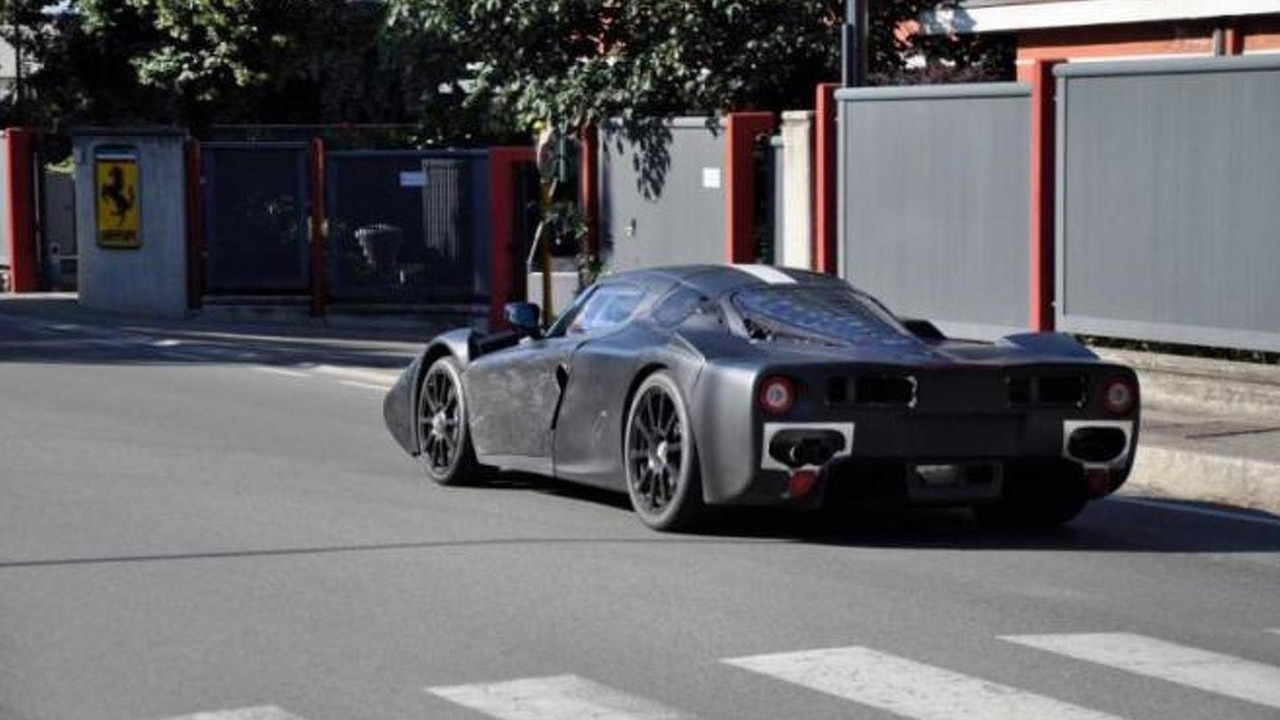 Ferrari Enzo successor spy photo - low res - 07.6.2012