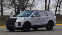 2019 Ford Explorer caught hiding evolutionary design
