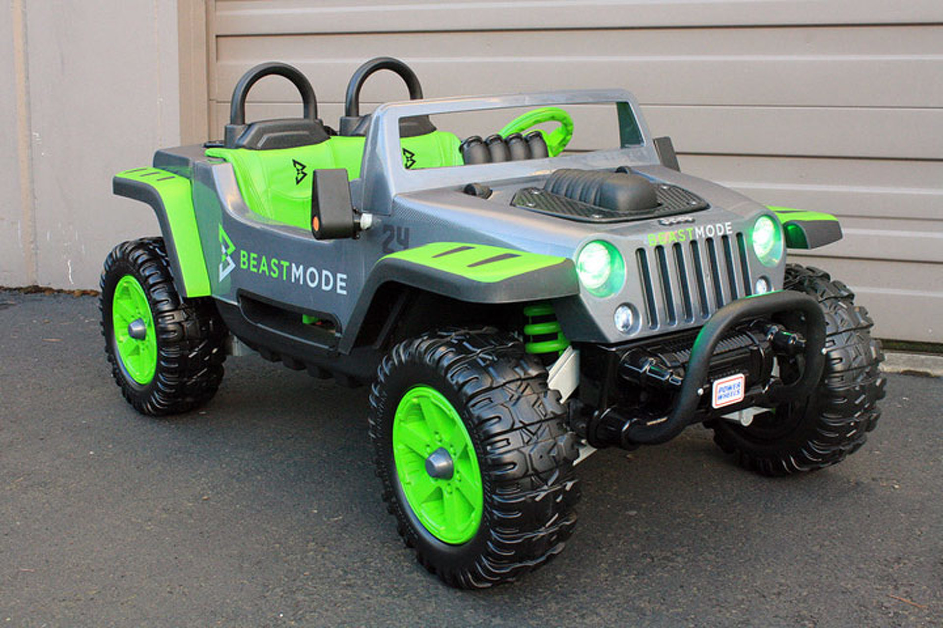 Marshawn Lynch is Selling Two Beast Mode Jeeps for Charity