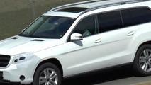 Facelifted Mercedes-Benz GL (renamed GLS) spied in motion [video]
