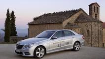 Mercedes-Benz E 300 BlueTEC Hybrid pricing & specs announced