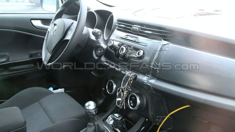 Alfa Romeo Giulietta On the Road Spy Photos