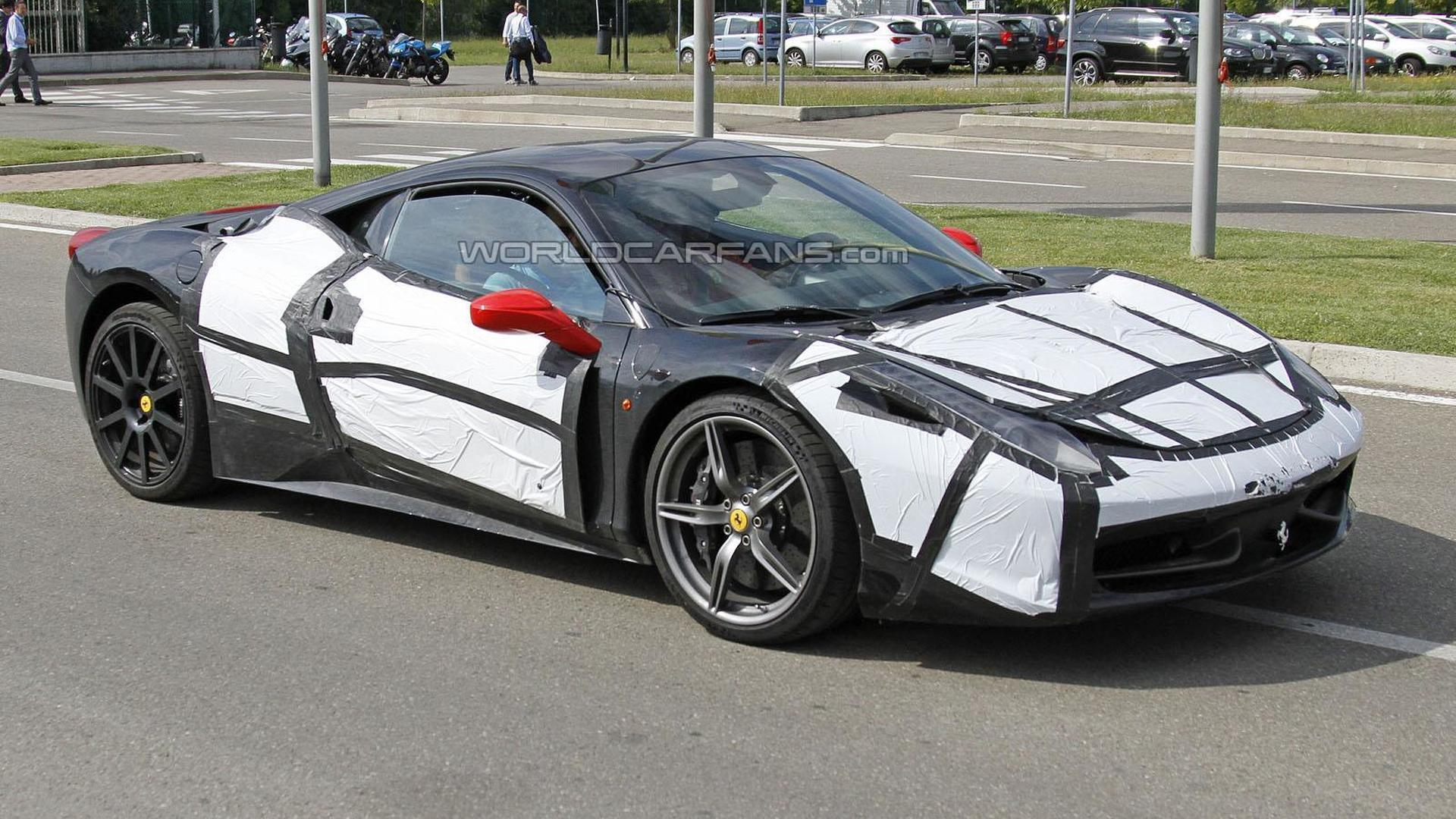Ferrari 458 M spied for the first time
