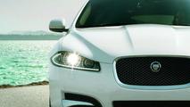2014 Jaguar XF receives updated 4-cylinder, 2.2-liter 163 HP ECO2 engine