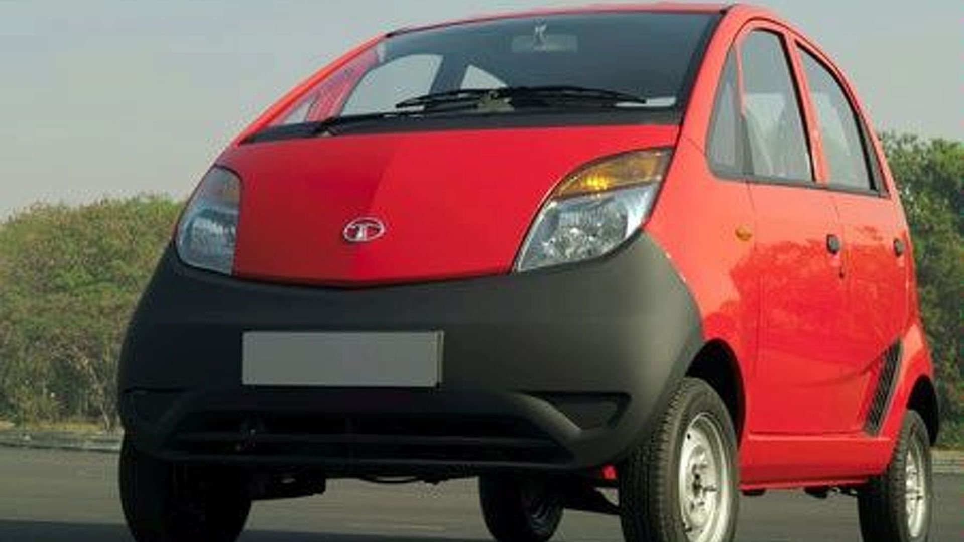 $2500 Tata Nano Revealed at Auto Expo (IN)
