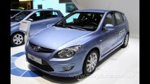 Hyundai lança o i30 Blue em Genebra - Versão adianta novidades visuais do i30