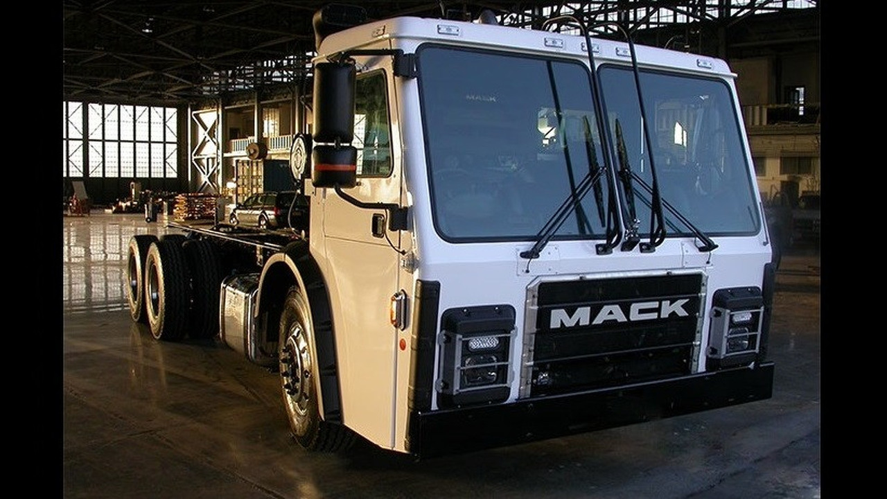 Electric Mack garbage truck