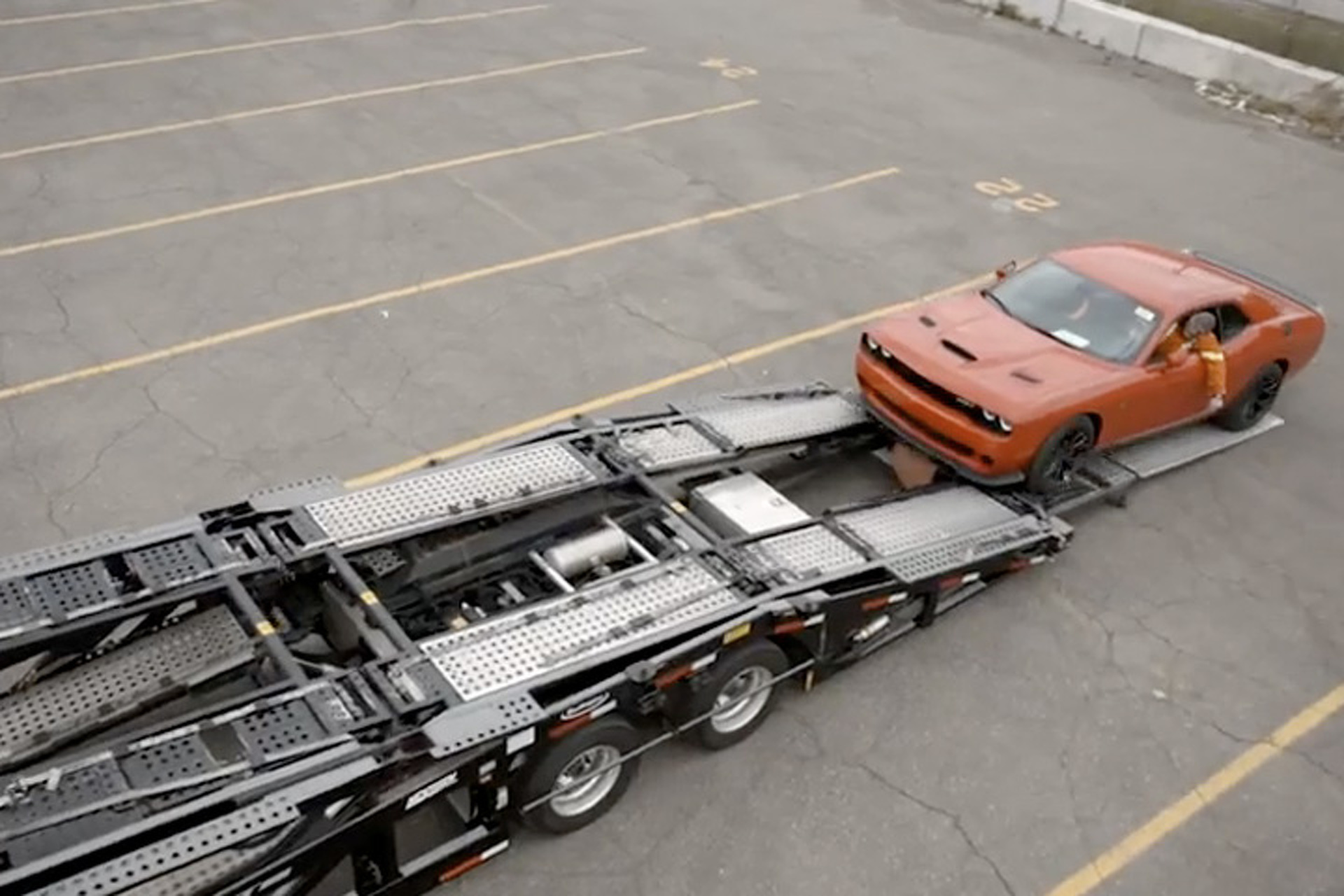 Watch Dodge Send Off the First Hellcat Challengers
