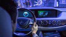 CES: Mercedes apresenta bancos