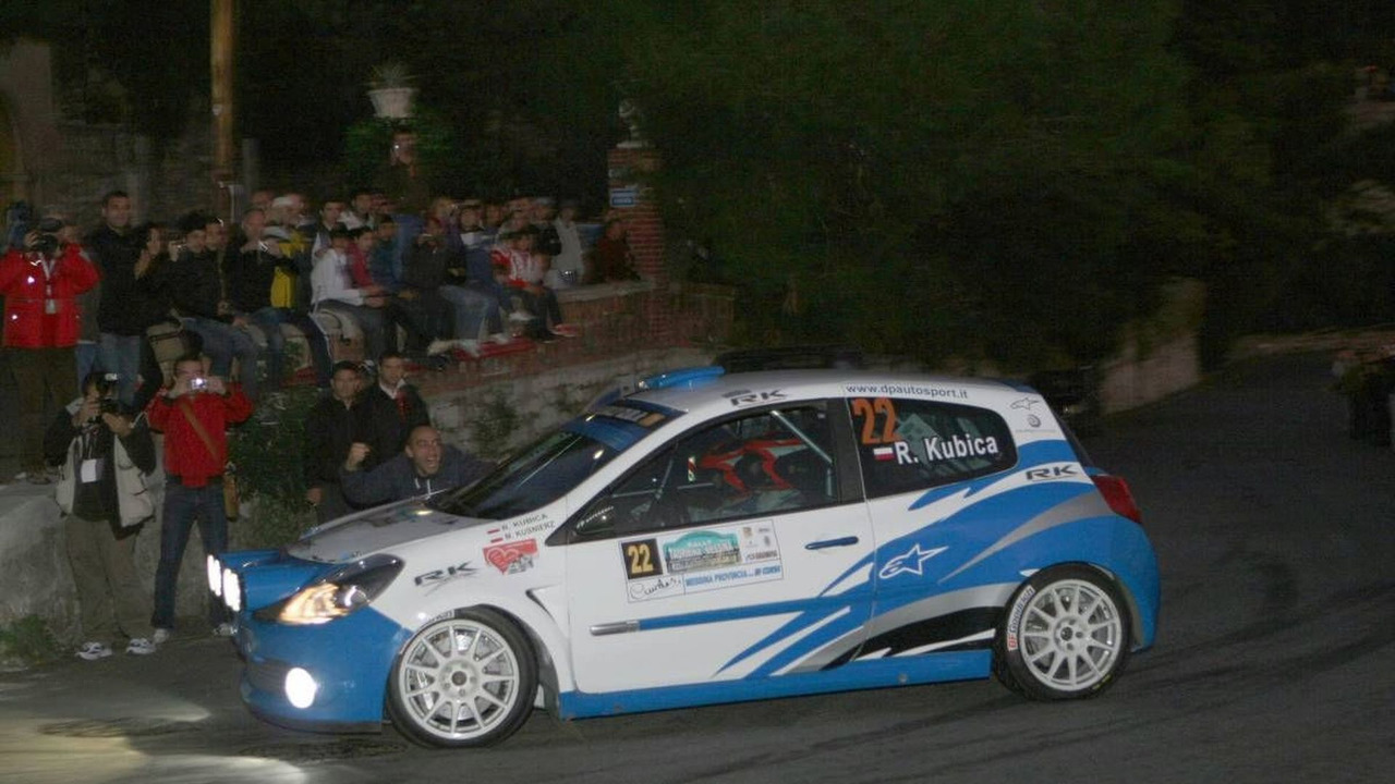 Taormina-Messina, Sicily Robert Kubica (POL) tries his hand at Rally driving at the Taormina-Messina Rally (Co-Driver Kusnierz Michal (POL) Renault New Clio R3C Dp Autosport) - Taormina-Messina Rally
