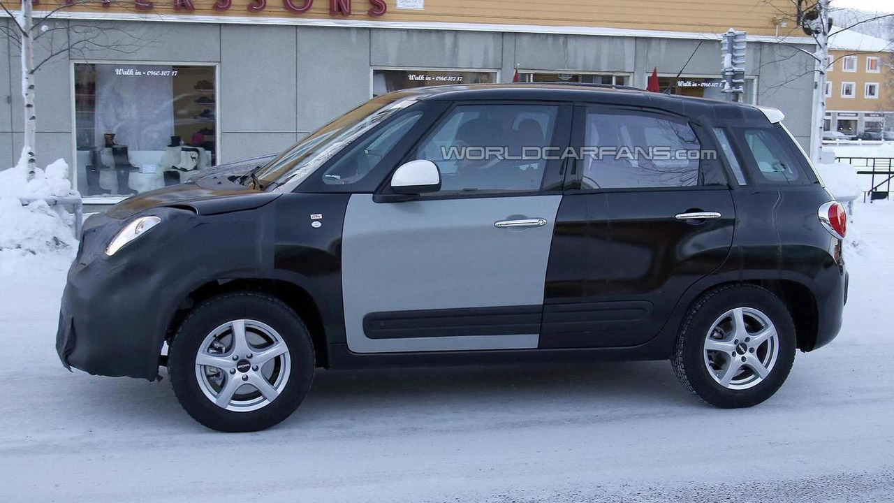Jeep Jeepster / Fiat 500X mule spy photo