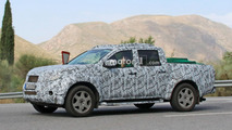 Mercedes-Benz GLT Pickup Spy Photos
