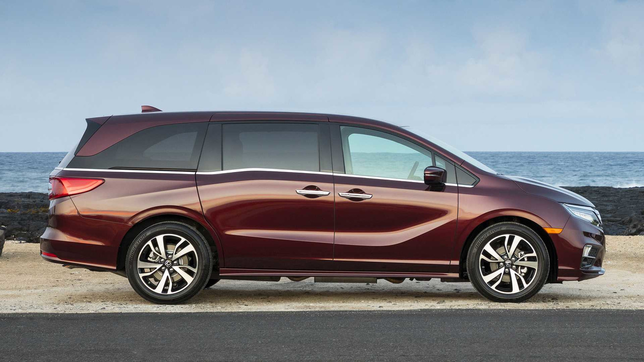 2018 honda odyssey first drive only as boring as your imagination. Black Bedroom Furniture Sets. Home Design Ideas