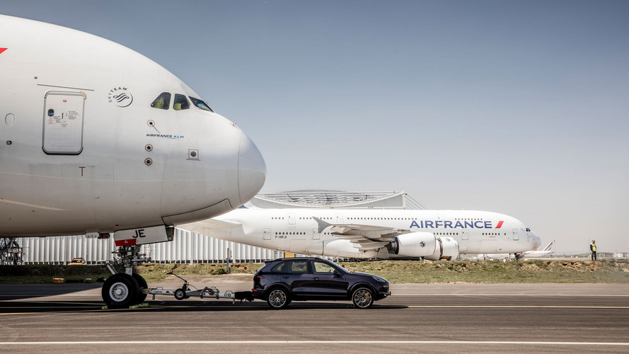 Porsche Cayenne Pulls Airbus A380 For New Guinness World Record