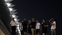 Sebastian Vettel (GER), Red Bull Racing, walks the circuit - Formula 1 World Championship, Rd 19, Abu Dhabi Grand Prix, 11.11.2010 Abu Dhabi, Abu Dhabi