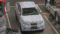 Mercedes GLT spy photo
