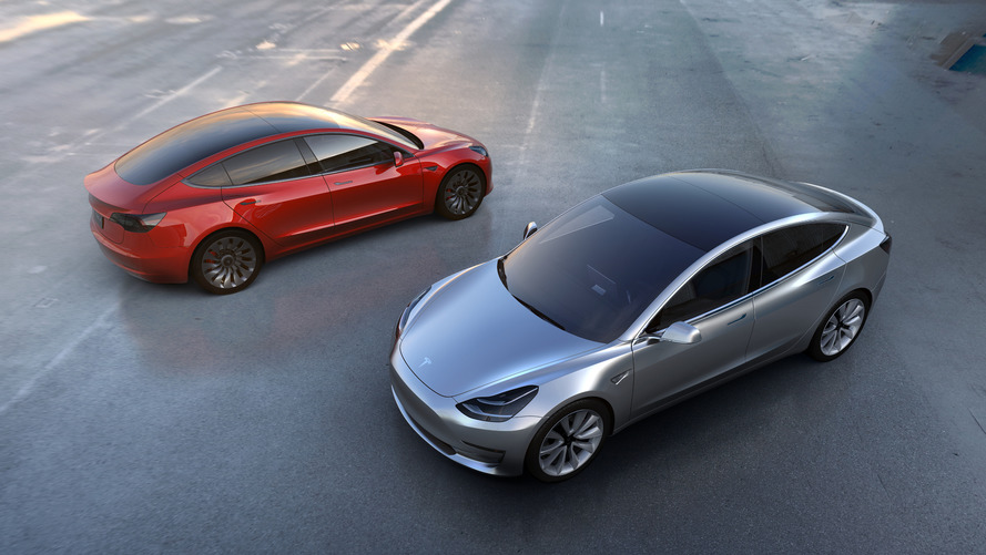 Tesla takes $7.5B worth of Model 3 pre-orders in single day