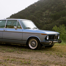 A Morning With the Clarion Builds 1974 BMW 2002