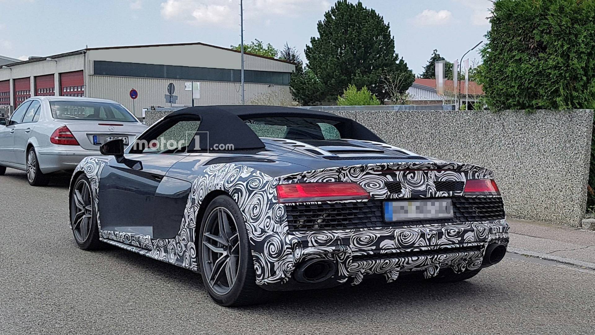 2015 - [Audi] R8 II / R8 II Spider - Page 14 2019-audi-r8-spyder-facelift-spy-photo