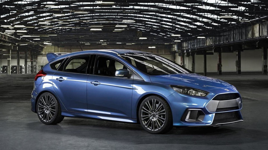 Ford Focus RS goes official with AWD and more than 315 bhp