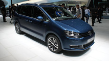 Volkswagen Sharan facelift at 2015 Geneva Motor Show