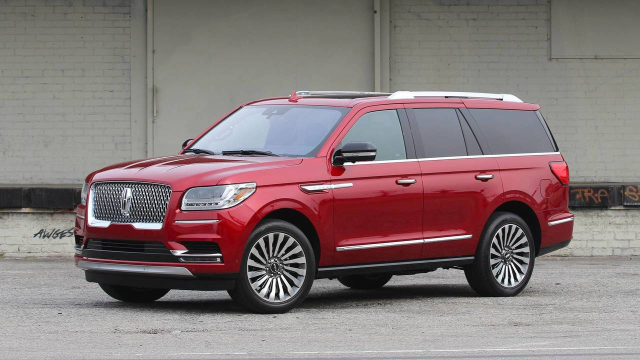 2018 lincoln navigator first drive large and in charge. Black Bedroom Furniture Sets. Home Design Ideas