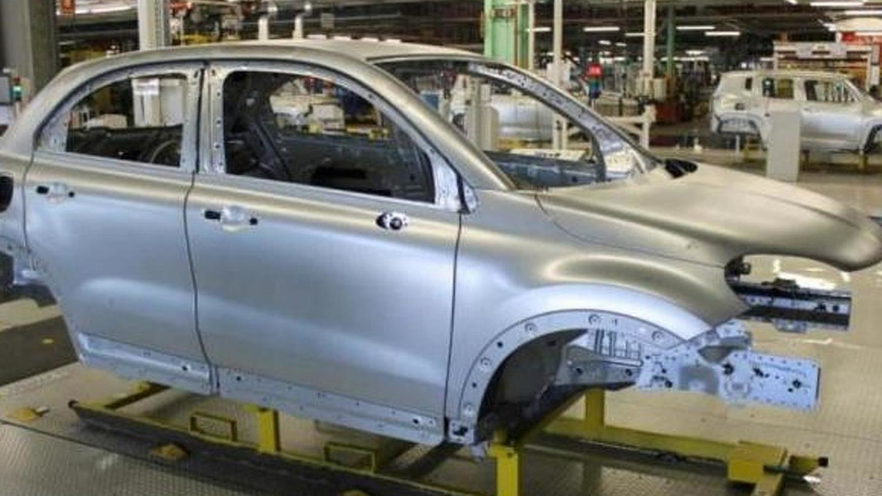 Fiat 500X production body