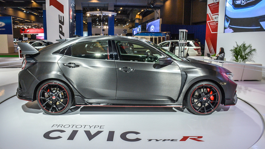 Civic Type R prototype interior revealed in Montreal