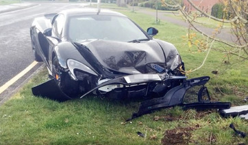 McLaren 650S Crashed 10 Minutes After Being Purchased