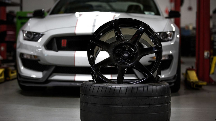 Ford highlights the carbon fiber wheels on the Shelby GT350R Mustang