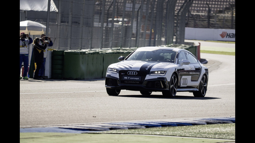 Audi RS 7, in pista senza pilota [VIDEO]