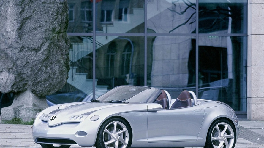 Mercedes-Benz considering SLA baby roadster to slot below SLK - report
