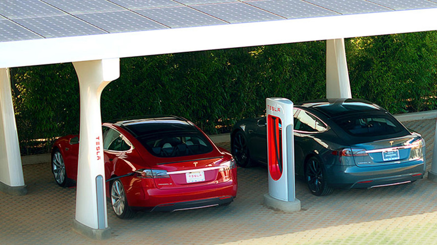 Tesla, Supercharger'a
