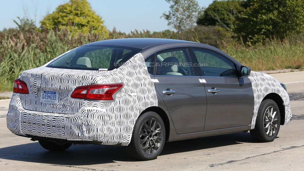 Nissan Sentra Facelift spy photo
