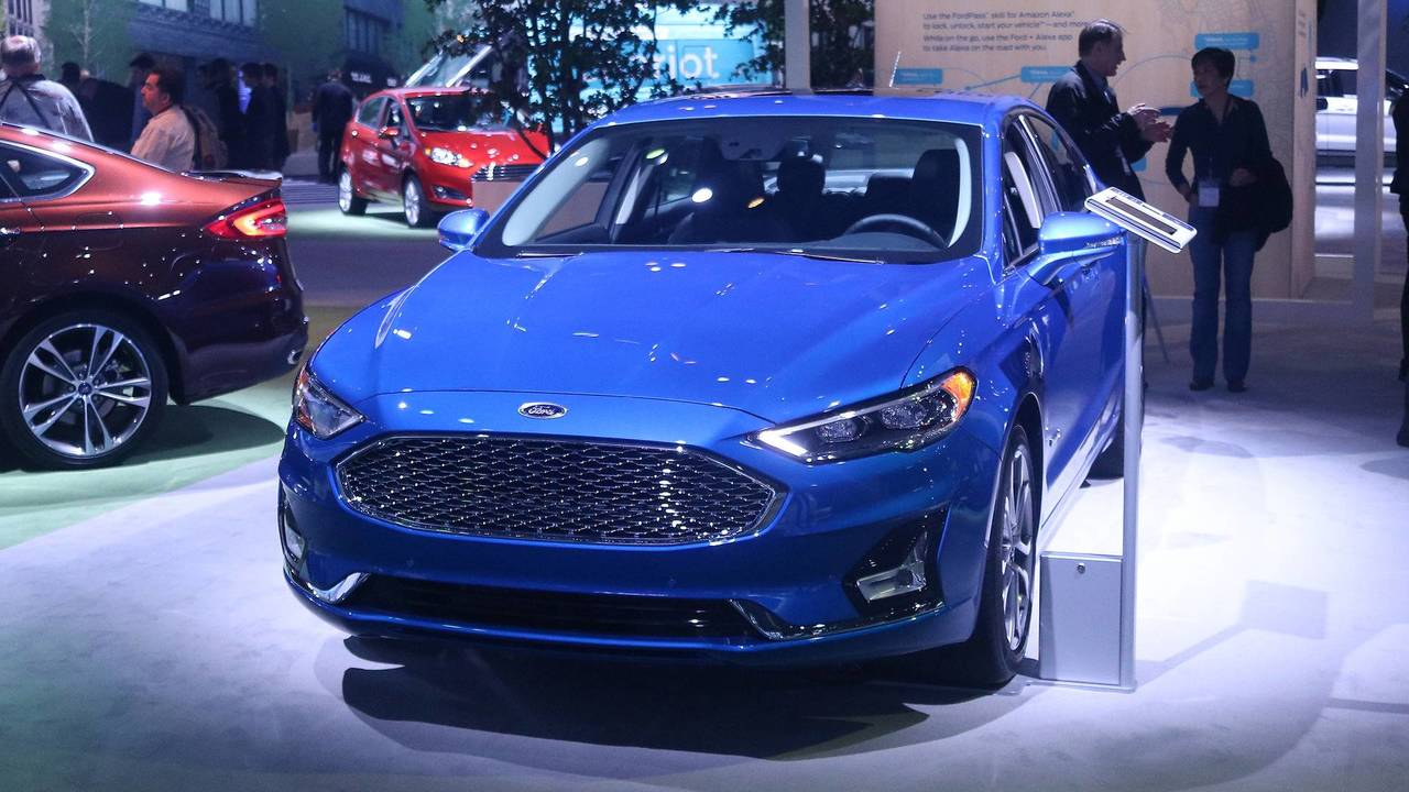 2019 ford fusion gets minor facelift more standard safety for 1 2 3 fusion