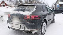 2019 Porsche Macan facelift spy photo