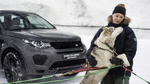 Land Rover Discovery Takes On Dog Sled Team