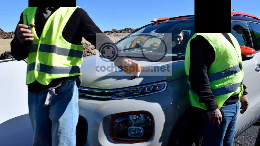 2018 Citroen C3 Aircross Caught Uncovered During Photo Shoot