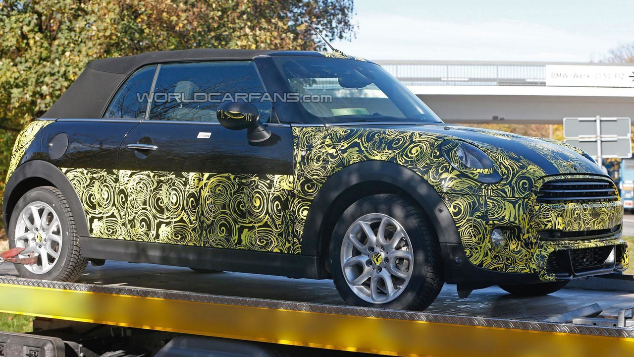 2014 MINI Cooper Convertible spy photo 05.11.2013
