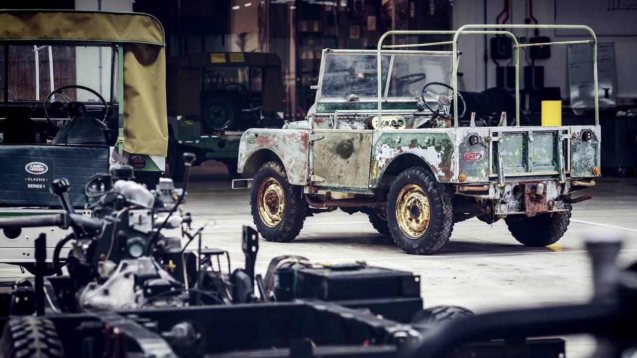 Land Rover restoring Defender prototype
