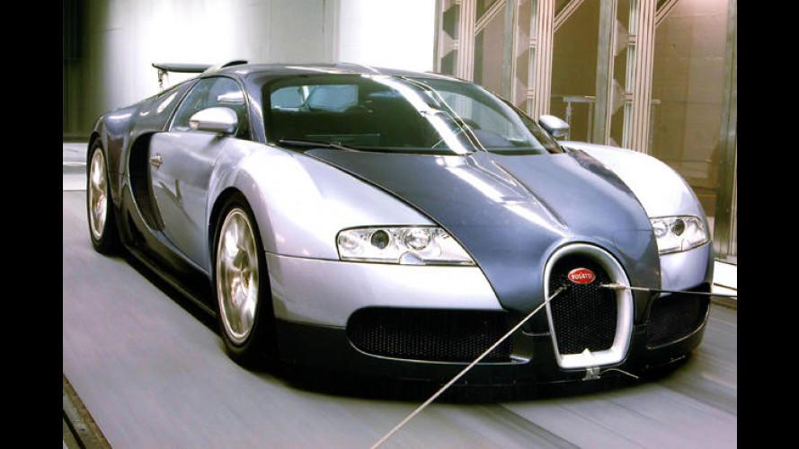 Steif und fest: Bugatti Veyron 16.4 auf 400-km/h-Kurs