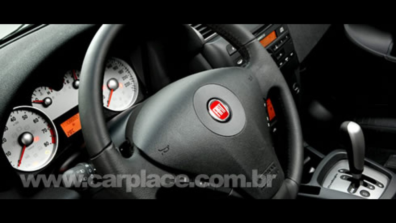 Fiat lança Novo Stilo 2008 com preço inicial de R$ 51.270 e câmbio Dualogic
